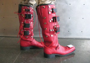 Laura Beloff, Erich Berger, Martin Pichlmair, Seven Miles Boots,  Boots in Use, Oslo Source :[http://randomseed.org/sevenmileboots/]